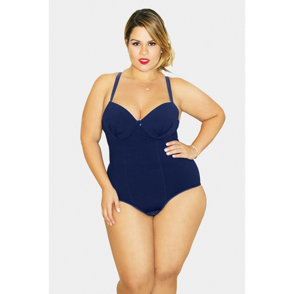 body- plus- size- NADADOR